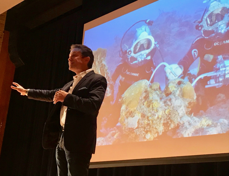 Fabien Cousteau Visits Sears